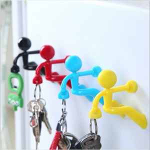 creative multi-color climbing wall villain magnet keychain hanging advertising promotion unisex  MKH0001