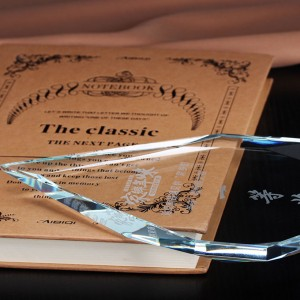 One of Hottest for Custom K9 Crystal Blank Glass Trophy Awards For With Black Base