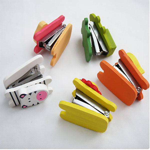 Animal Shaped Wooden Book Stapler STA0022 Featured Image