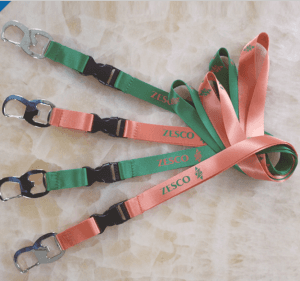 Multi-function mountaineering bottle opener lanyard, glass bottle opener lanyard lanyard sling LY1045
