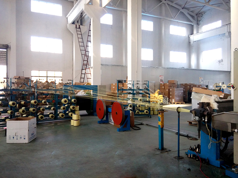 GL increases two production line for outdoor cable and indoor cable in workshop which made annual amount up to $800,000. Mainly produce GYXTW uni-tube cable, GYTA stranded structure cable and indoor cable.