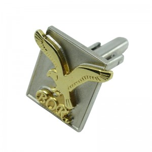 Plating Gold Fashionable Cufflinks with 3D Eagle Embossed