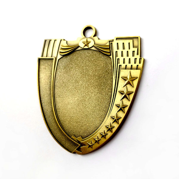 Online Exporter Hot Selling Necklace Dog Tag - Custom Antique gold shield shaped Blank Medal – Global Art Gifts detail pictures