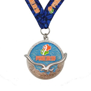 High quality plating silver medal with 3D fish and transparent