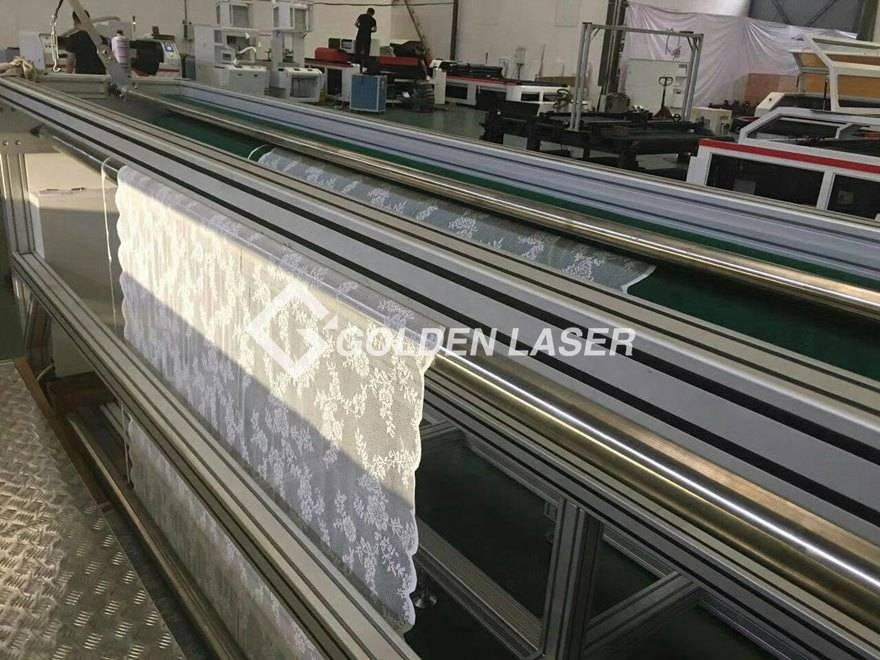 laser cutting machine for warp knitted lace