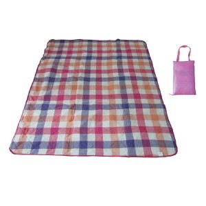 Water resistant Outdoor Blanket with Carrying Case