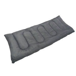 Refugee winter sleeping bag for UNHCR