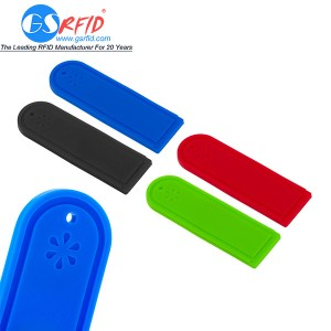 UHF Washable Silicone RFID Laundry Tag For Clothes