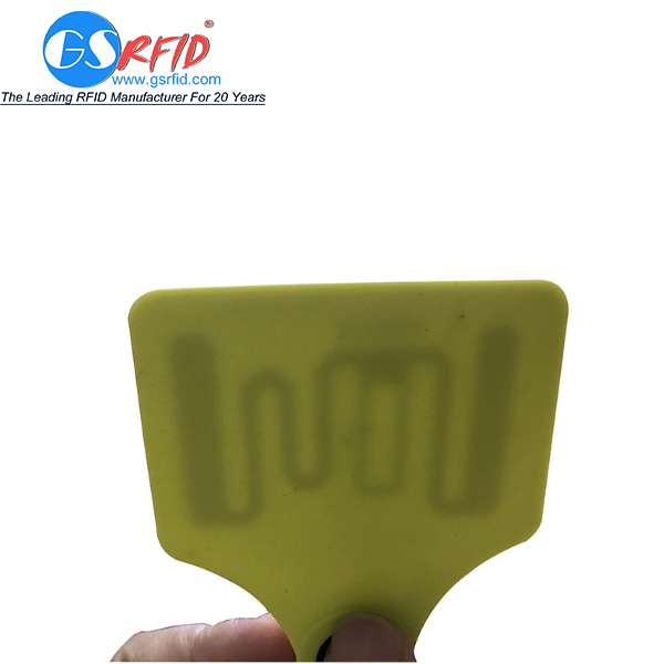 Plastic 125khz 860-960mhz RFID Ear Tag For Livestock And poultry