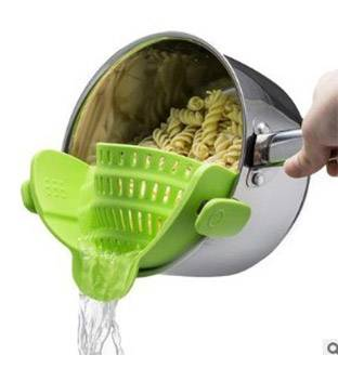 Multi-Functional Fruit Noodles Silica Gel Pot Dide Drain Food Strainer Featured Image