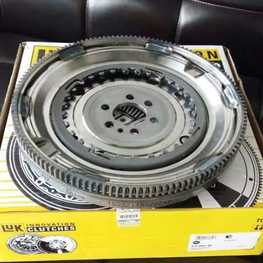 DSG 7 speed transmission parts 0AM DQ200 automatic transmission clutch flywheel