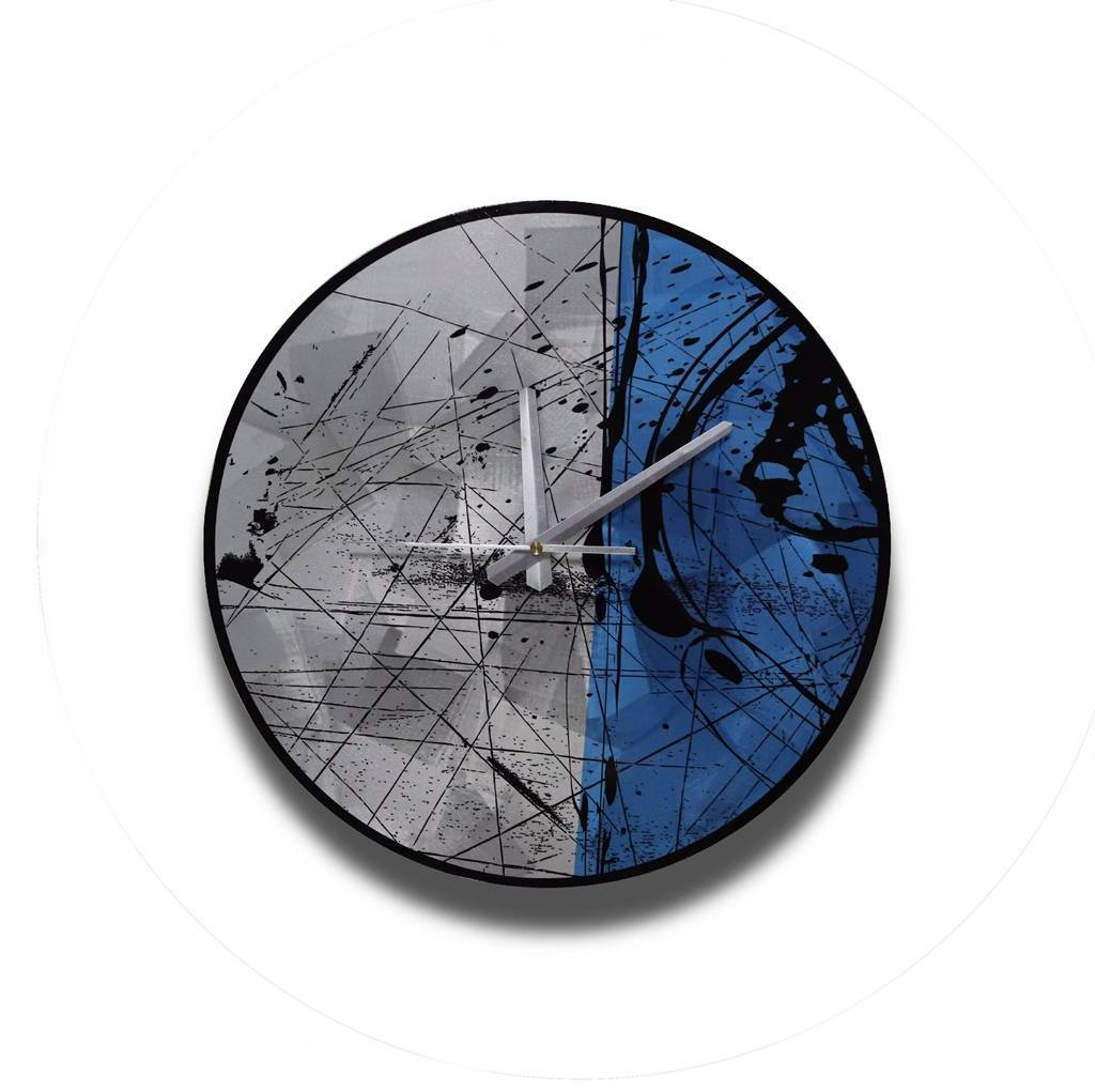 Decorative cheap blue silver metal round wall clock wholesale from China factory Featured Image