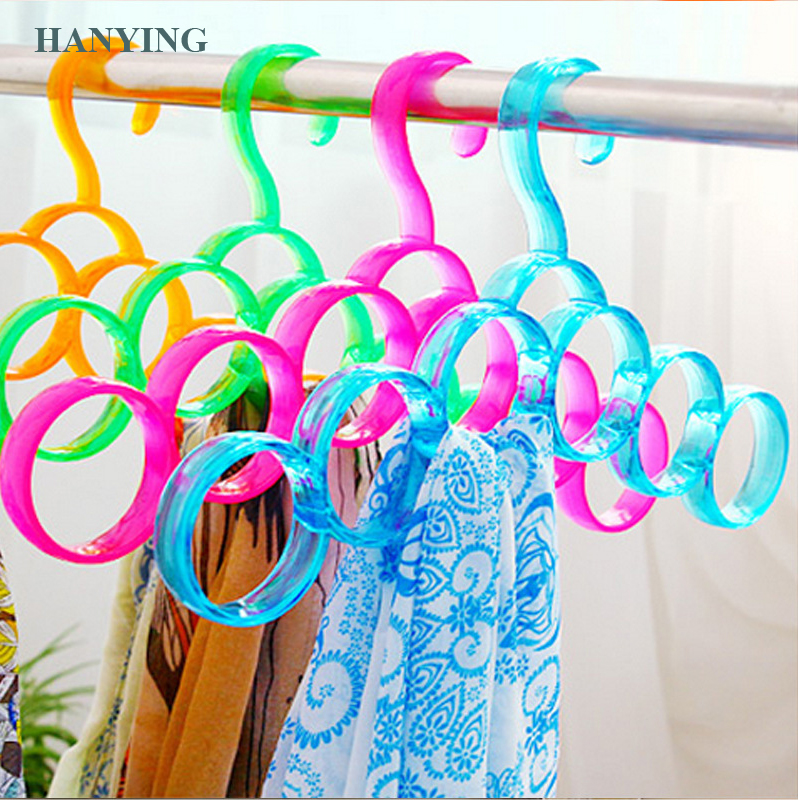 Hot sale new design plastic 6 ring scarf display rack