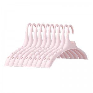 High quality plastic seamless wide shoulder hanger coat suit hanger clothes hanging clothes for home
