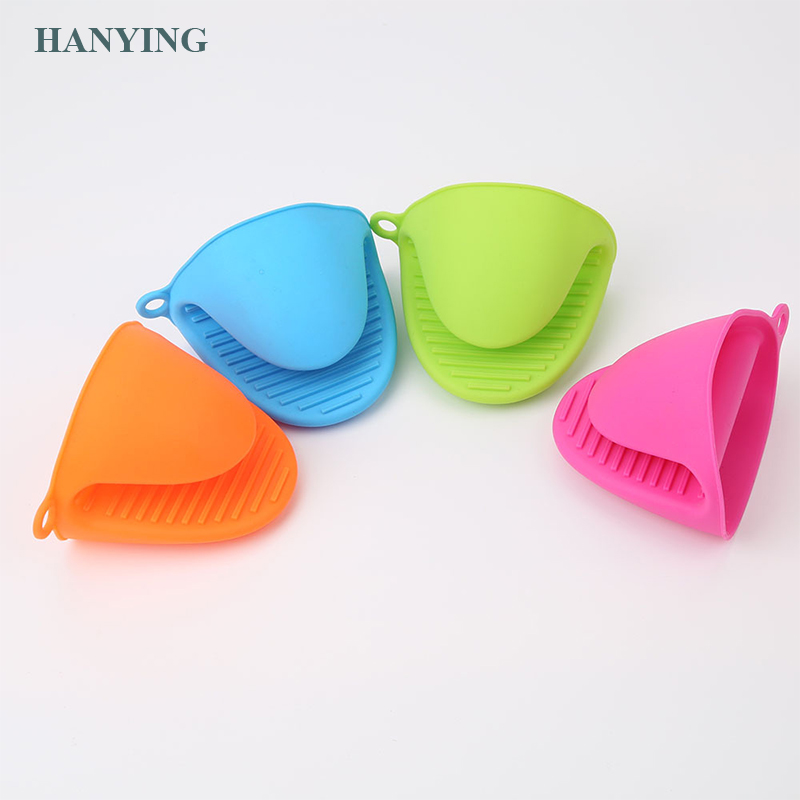Thicken food grade silicone anti-hot gloves bowl clip kitchen insulation plate grab bowl baking oven with hand clip