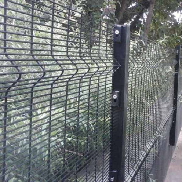 OEM Manufacturer Pvc Costed Barbed Wire -