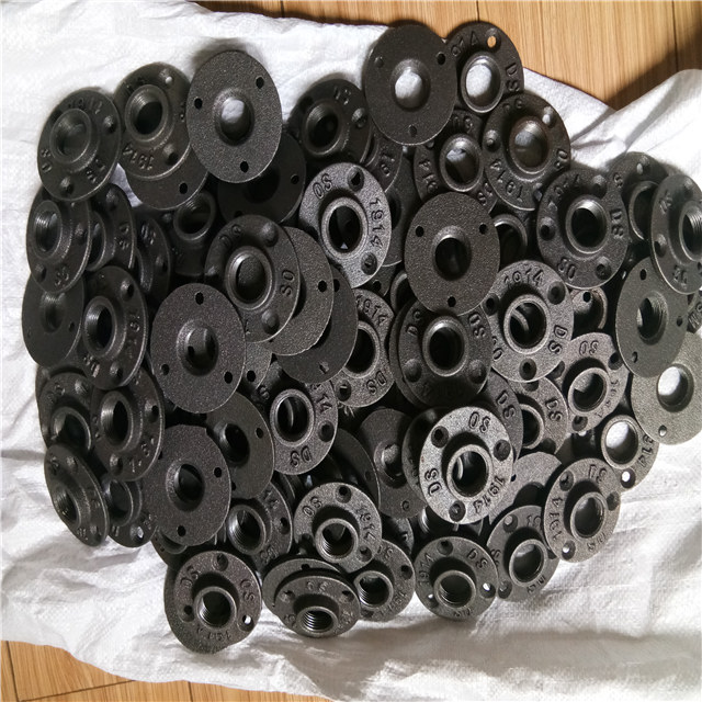 10Pcs Pipe Fittings 1//2-INCH Floor Flange Industrial Steel Malleable Cast Iron