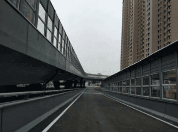 How high is the sound insulation effect of highway sound barriers?