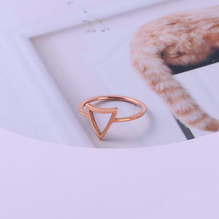 Unique design stainless steel triangle geometic finger rings simple design pinky ring