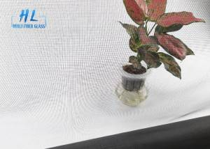 Low Price High quality 15*17mesh 115g/m2 invisible fiberglass window screen