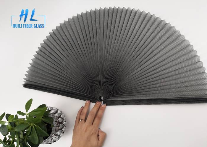 Polyester pleated mesh black color 18mm folding height length 30m Featured Image