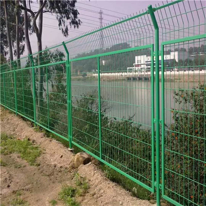 Green Awọ welded Wire apapo Fence