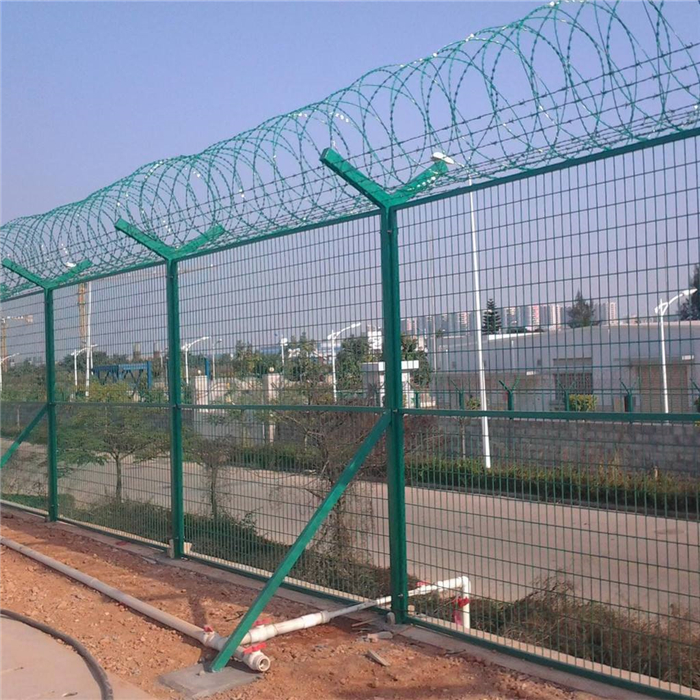 Beautiful Ċint Ajruport Fence-iwweldjati Wire Mesh