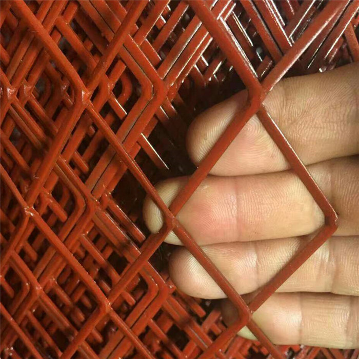 Red Color Expanded Metal Mesh Panels