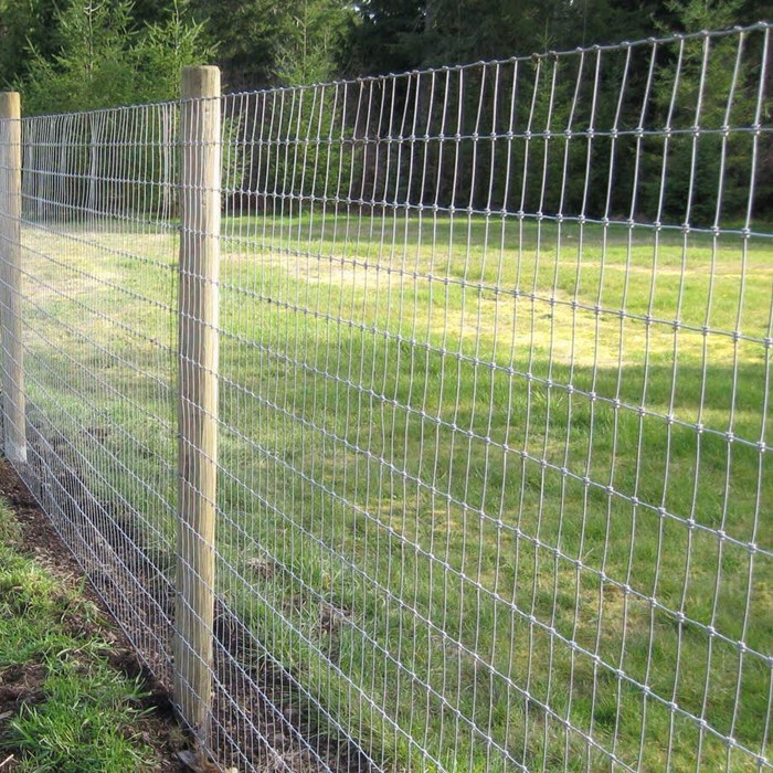 Hot Dipped Galvanized Field Farm Fence Featured Image