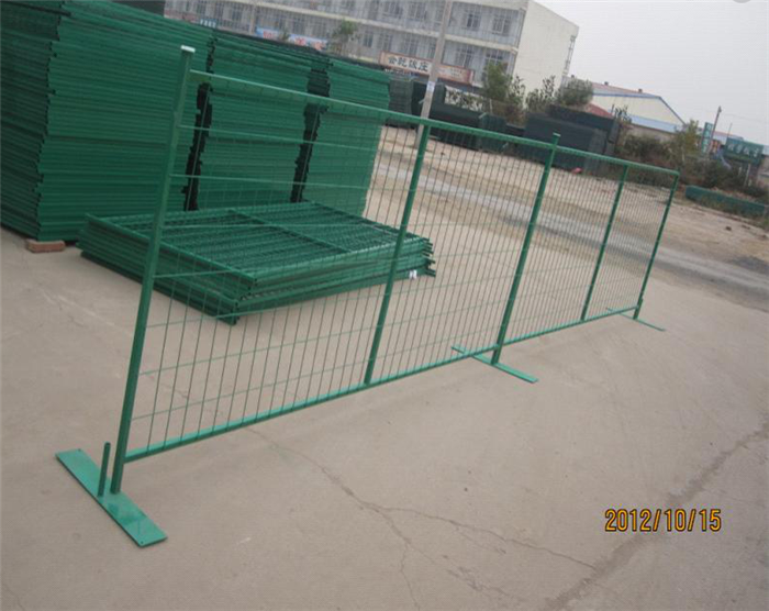 Cheap price Galvanized Razor Barbed Wire Fence -