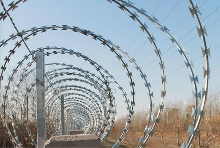 Anti-Climbing Concertina Razor Wire