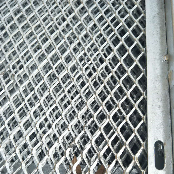 Hot Dipped Galvanized Expanded Metal Mesh Featured Image
