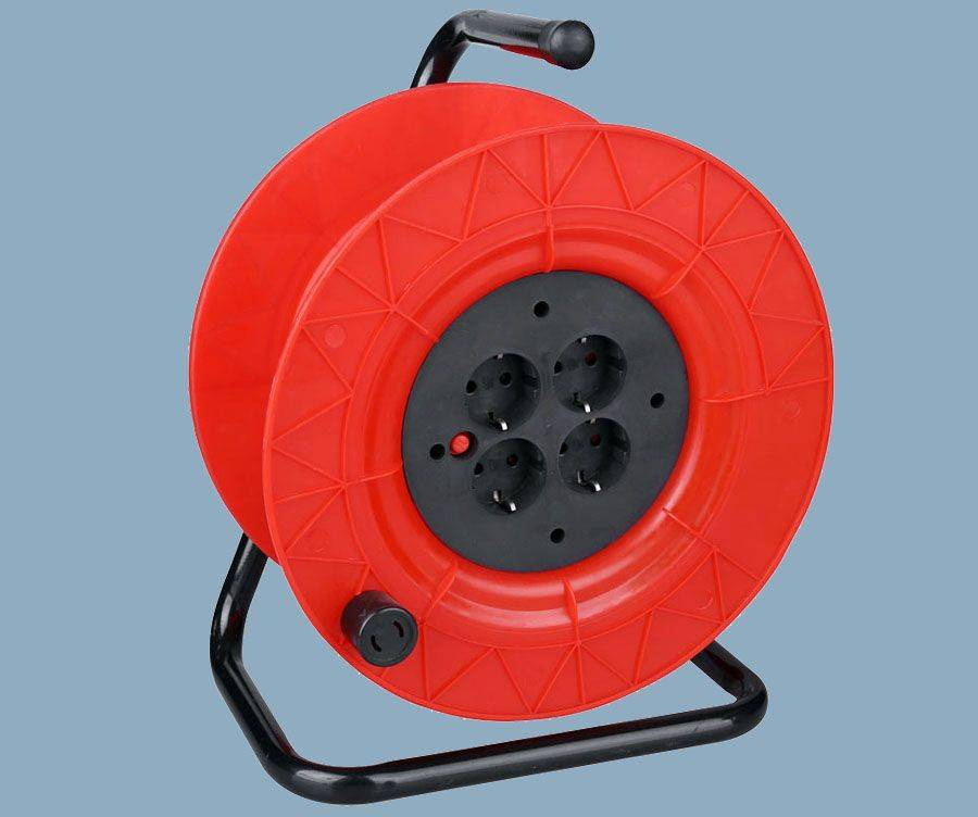 Cable Reel German Type 4 Outlet Socket IP20,IP44 Max 60M