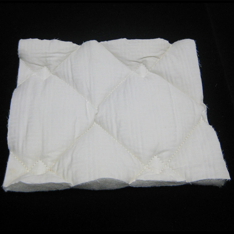 Soft White non woven needle punched quilt for hotel