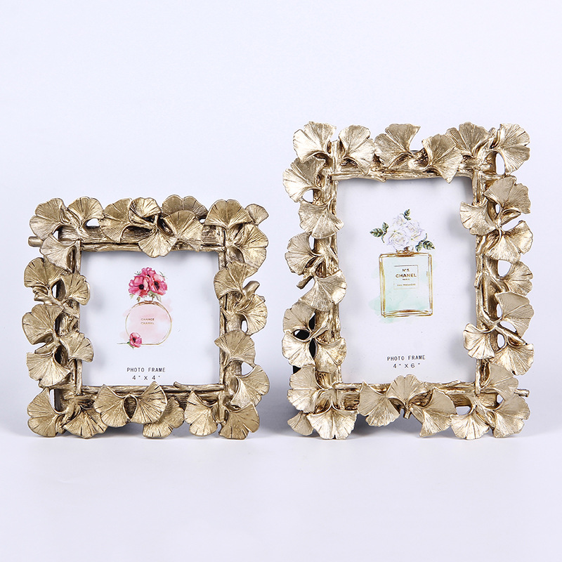 Ginkgo leaves photo frames with resin material for sale M e t alShape