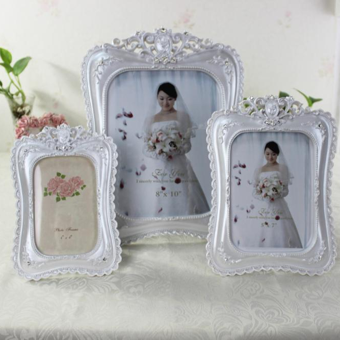 bedroom table elegant photo frames with resin material pictures frame for sale