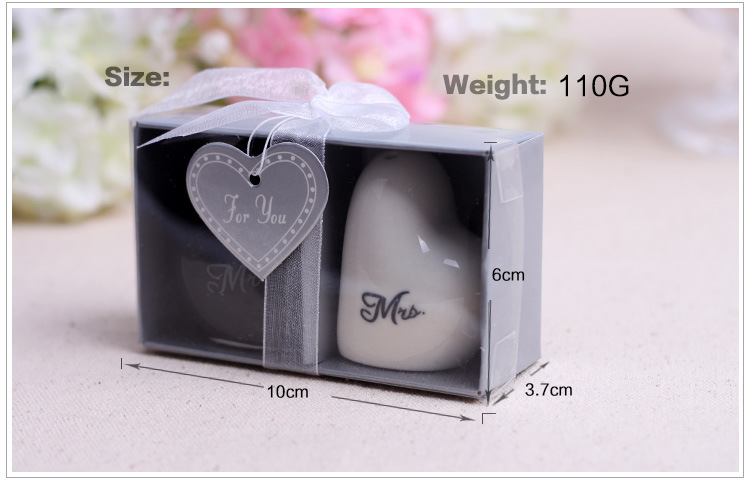 Bride and groom salt and pepper shaker(Customized any shape you want)