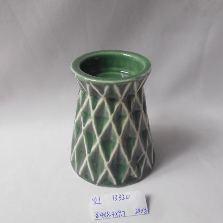 Custom cheap green different shape candle holder candle stand scraping the glaze effect