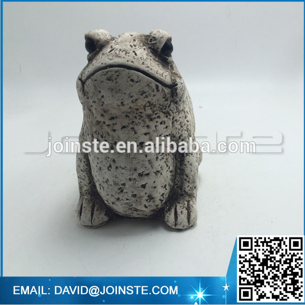 Garden landscaping frog figurine for decoration
