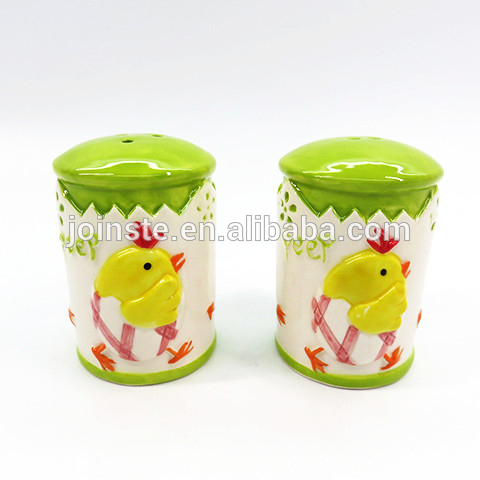 Ceramic dolomite chicks salt and pepper shakers