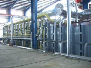 Industrial furnace high performance gas combustion continuous reflection melting and holding furnace