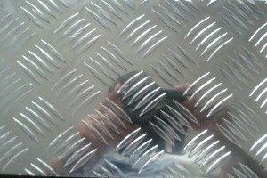 5000 5-bar Aluminum Tread Plate