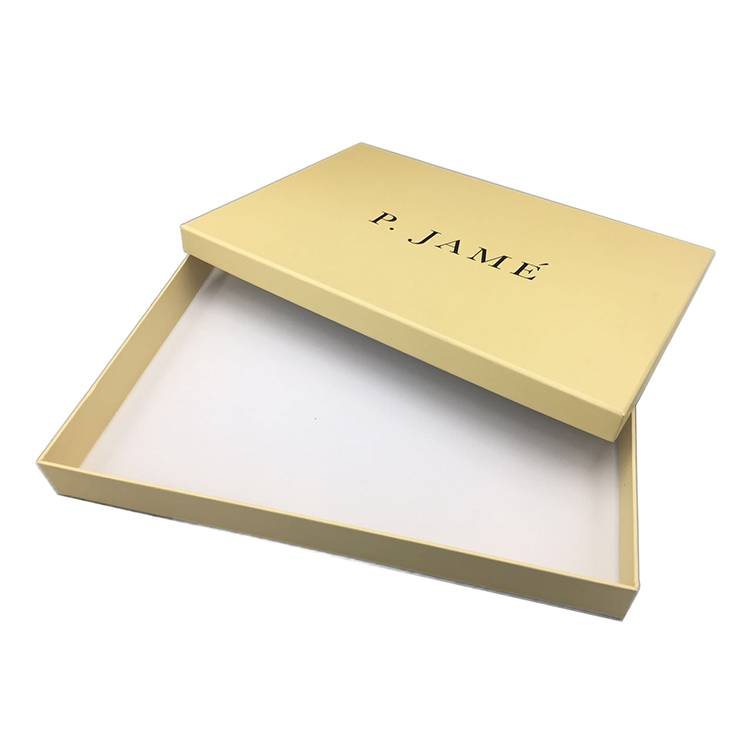 Textured logo yellow cardboard gift packing box with lid for storage