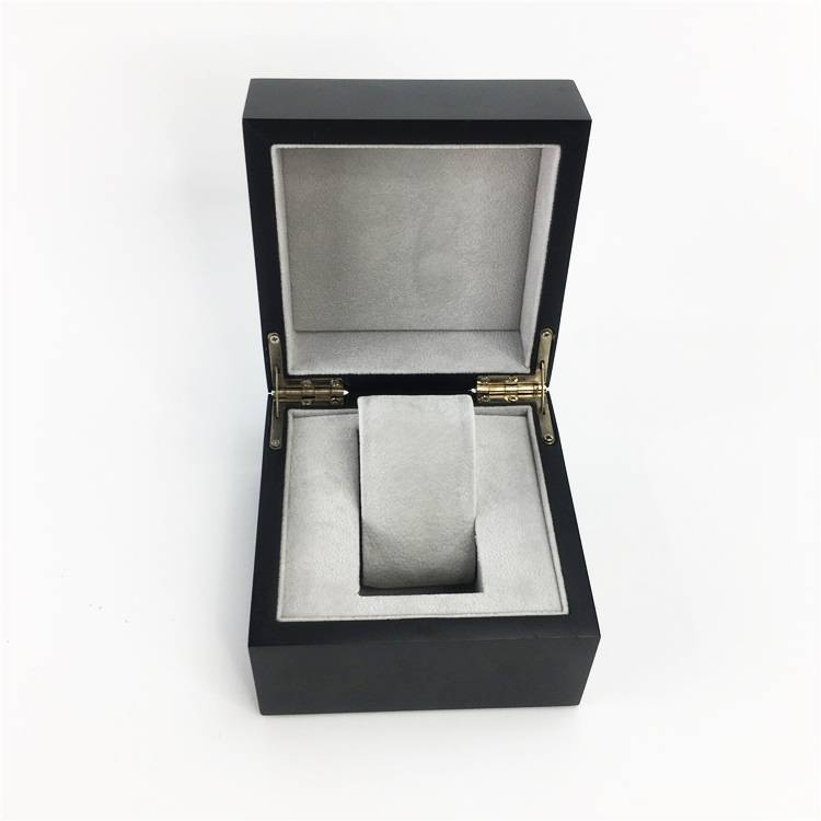 Custom Black Portable Magnet Closure Watch Box for display Featured Image