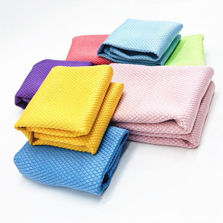 270GSM High Quality Microfiber Glass Cloth for glass care Featured Image
