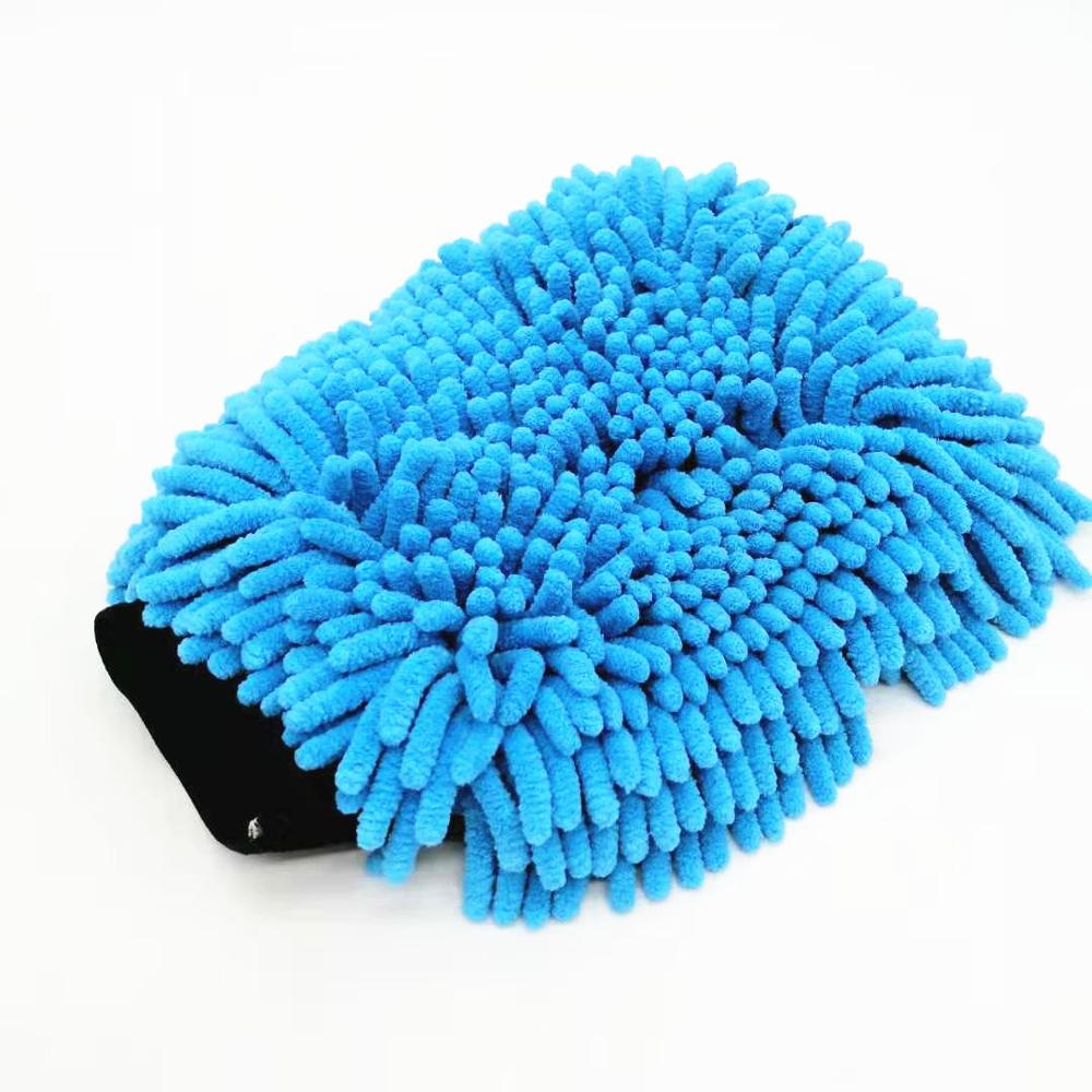 Auto detailing chenille wash mitt for car cleaning Featured Image