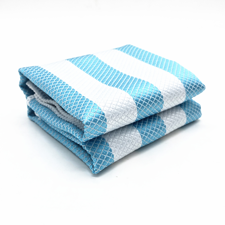 Glass Cleaning Car Care Towel Microfiber Diamond Fish Scale Cloth Terry Towel Featured Image