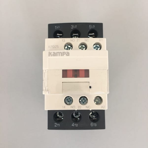 OEM/ODM Manufacturer 3 Grounded Outlets Timer -