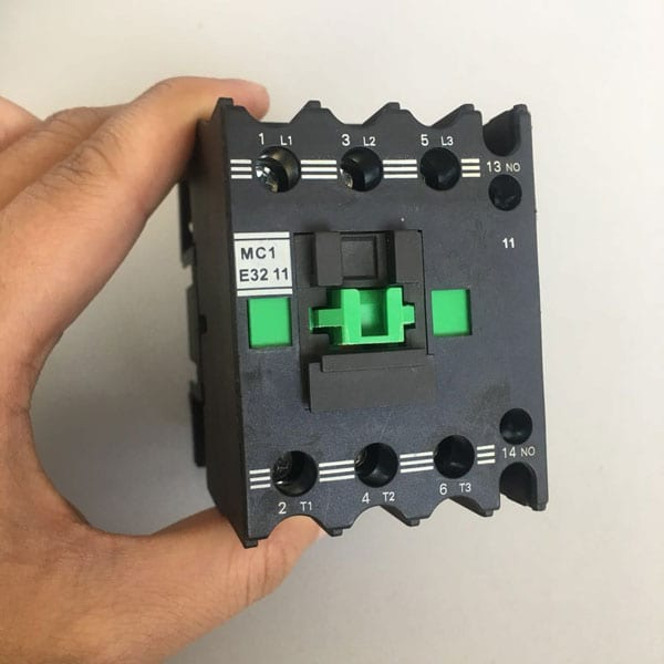 Discount wholesale Moulded Case Circuit Breaker -