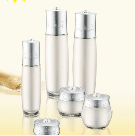 Popular Design for Electroplate Golden Glass Essential Oil Bottle Cosmetic Bottles Featured Image
